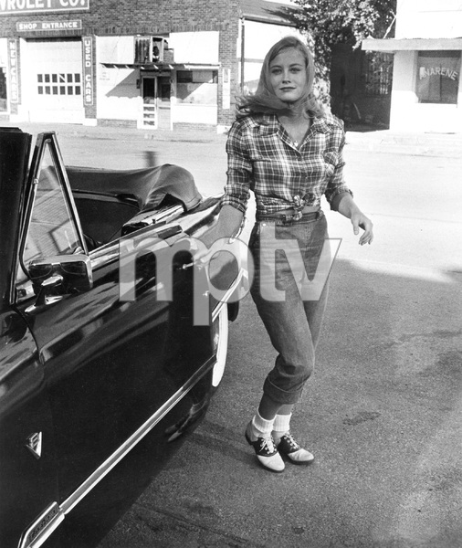 Cybill Shepherd, THE LAST PICTURE SHOW, Columbia, 1971, I.V. - Image 22424_0001