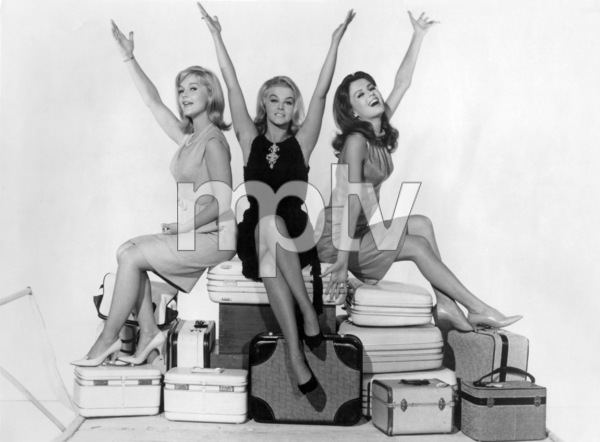 """The Pleasure Seekers""Carol Lynley, Ann-Margret, Pamela Tiffin1964 20th Century Fox** I.V./M.T. - Image 22437_0002"