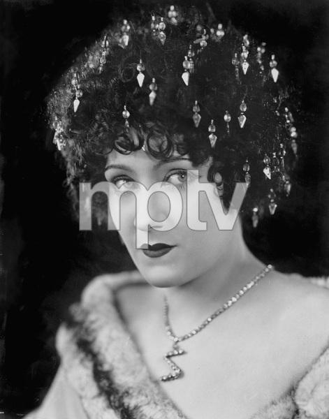 ZAZA, PARAMOUNT 1923, GLORIA SWANSON, IV - Image 22445_0001