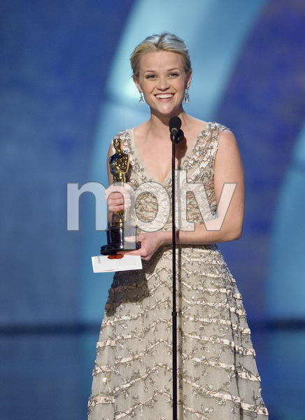 """""""The 78th Annual Academy Awards"""" (Telecast)Reese Witherspoon03-05-2006 / Kodak Theatre / Hollywood, CA © 2006 AMPAS - Image 22701_0068"""