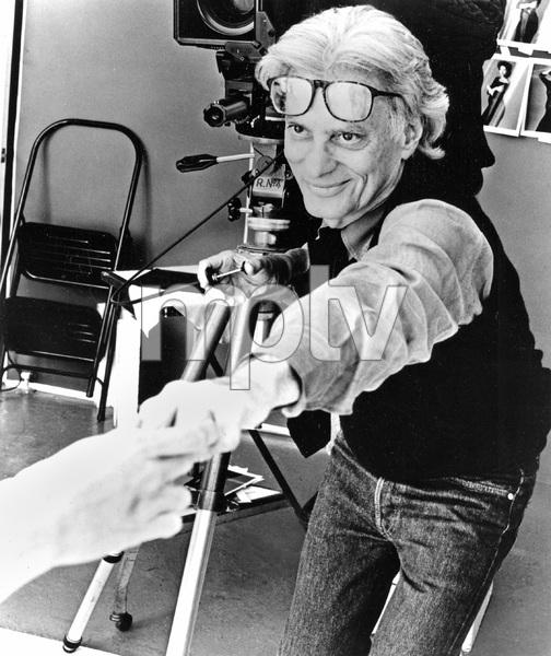 famous portrait photographer Richard Avedon, I.V. - Image 22727_0013