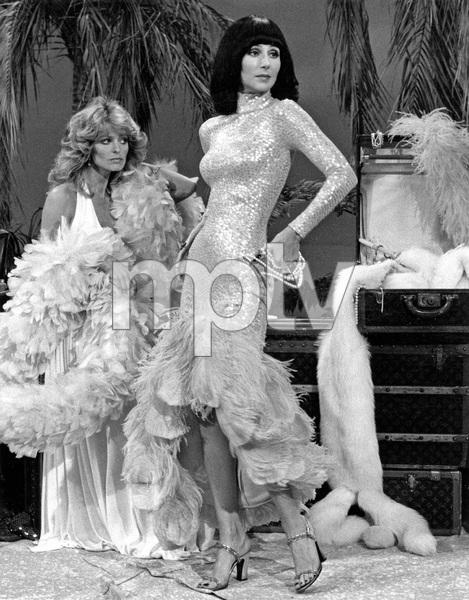 """THE SONNY AND CHER SHOW"" Farrah Fawcett and Cher, 1976, I.V. - Image 22727_0074"