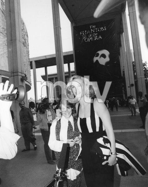 Cybill Shepherd with daughter at THE PHANTOM OF THE OPERA, Ahmanson Theatre Los Angeles, 5/31/89, I.V. - Image 22727_0332