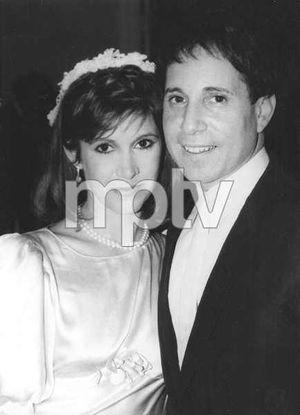 Carrie Fisher and Paul Simon during their wedding ceremony1983** I.V. - Image 22727_0333