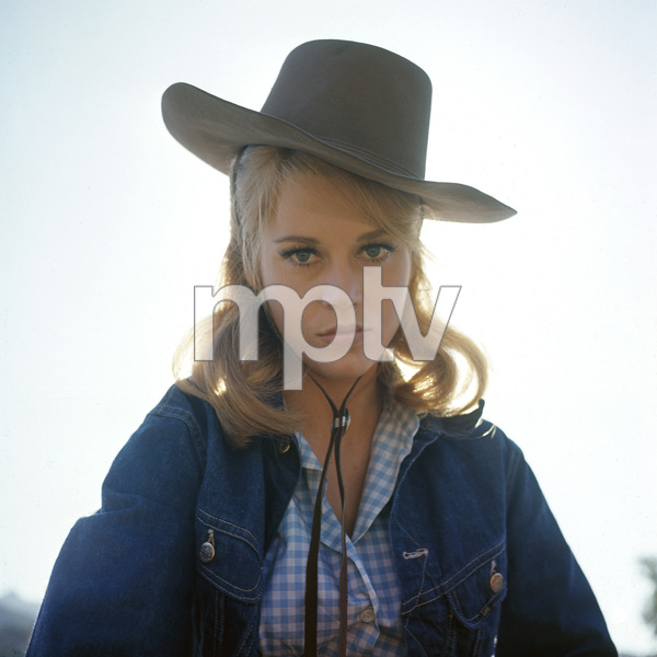 """Cat Ballou""Jane Fonda1965 Columbia Pictures** I.V. - Image 22727_0404"