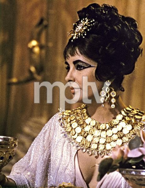 """Cleopatra"" Elizabeth Taylor1963 20th Century Fox** I.V. - Image 22727_0942"