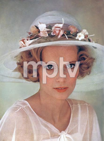 """""""The Great Gatsby""""Mia Farrow1974 Paramount Pictures** I.V. - Image 22727_0959"""