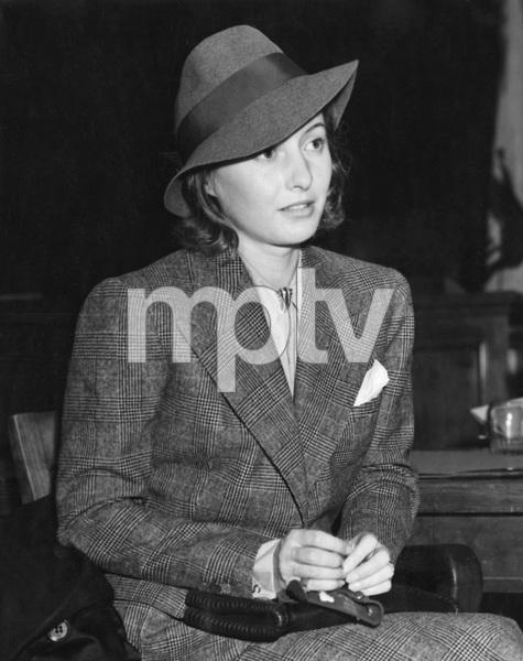 Barbara Stanwyck in divorce court 1937, I.V. - Image 22727_1284