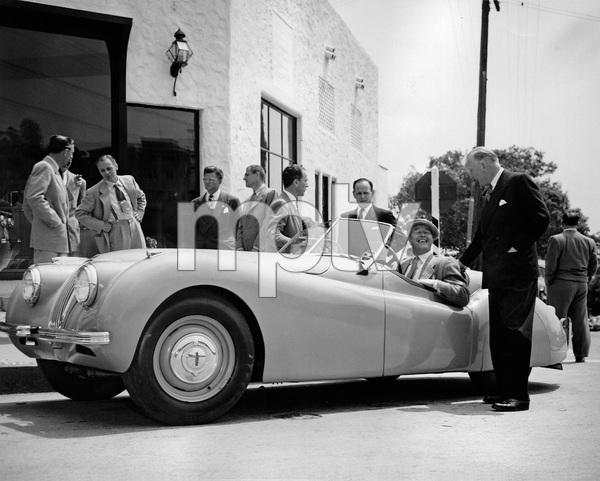 Cars 1950 Jaguar XK 120 Ray Milland and William Lyons ** H.C. - Image 22813_0009