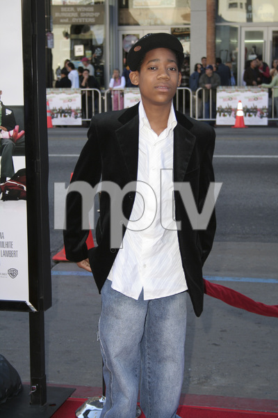 """Unaccompanied Minors"" (Premiere) Tyler James Williams 12-2-2006 / Grauman"