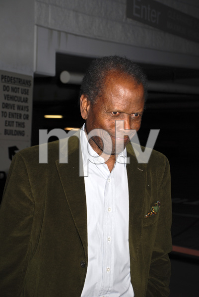 """""""The First Anniversary Celebration of Artpeace Gallery""""Sidney Poitier01-20-2007 / Artpeace Gallery / Burbank, CA / Photo by Andrew Howick - Image 22907_0001"""