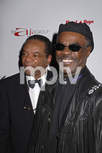 """""""The First Anniversary Celebration of Artpeace Gallery""""John Witherspoon, Glynn Turman01-20-2007 / Artpeace Gallery / Burbank, CA / Photo by Andrew Howick - Image 22907_0007"""