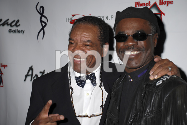 """""""The First Anniversary Celebration of Artpeace Gallery""""John Witherspoon, Glynn Turman01-20-2007 / Artpeace Gallery / Burbank, CA / Photo by Andrew Howick - Image 22907_0008"""