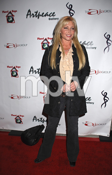 """The First Anniversary Celebration of Artpeace Gallery""Pamela Bach01-20-2007 / Artpeace Gallery / Burbank, CA / Photo by Andrew Howick - Image 22907_0039"