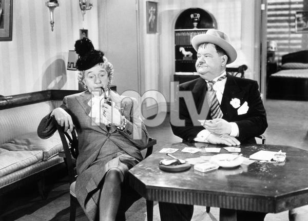 """Jitterbugs""Stan Laurel, Oliver Hardy1943 20th Century Fox - Image 22923_0002"