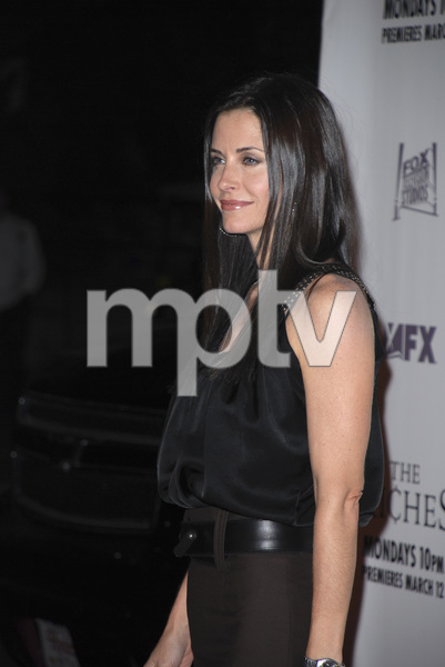 """The Riches"" (Premiere)Courteney Cox Arquette 03-10-2007 / Zanuck Theatre / Los Angeles, CA / FX Network / Photo by Andrew Howick - Image 22955_0039"