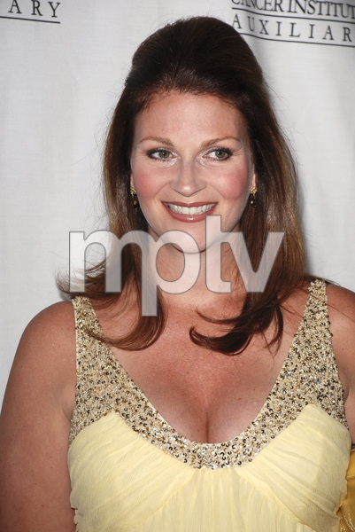 """""""The 22nd Annual Odyssey Ball benefiting the John Wayne Cancer Clinic""""Marisa Wayne04-14-2007 / Beverly Hilton Hotel / Beverly Hills, CA / Photo by Andrew Howick - Image 22992_0001"""