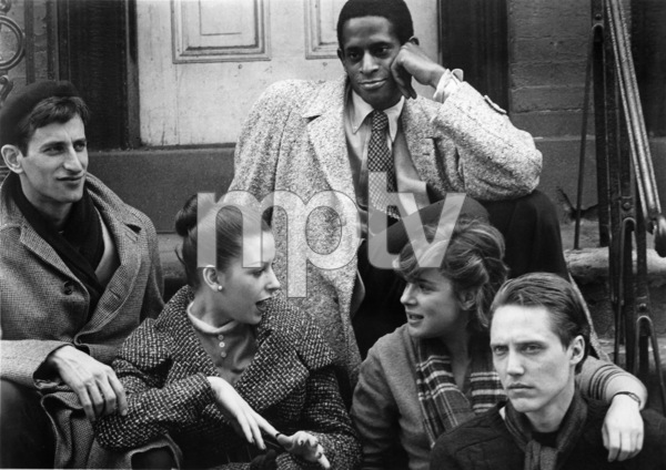 """Next Stop, Greenwich Village""Lenny Baker, Antonio Fargas, Dori Brenner, Lois Smith, Christopher Walken1976 20th Century Fox** I.V. - Image 23030_0001"