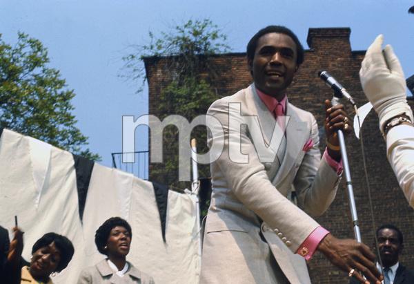 """Cotton Comes to Harlem""Calvin Lockhart1970 United Artists** I.V. - Image 23051_0005"