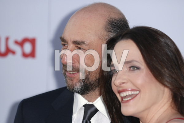 """35th Annual AFI Life Achievement Award Honoring Al Pacino""Richard Schiff, Sheila Kelley06-07-2007 / Kodak Theatre / Hollywood, CA / Photo by Andrew Howick - Image 23094_0029"