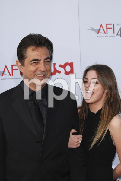 """35th Annual AFI Life Achievement Award Honoring Al Pacino""Joe Mantegna, Gina Mantegna06-07-2007 / Kodak Theatre / Hollywood, CA / Photo by Andrew Howick - Image 23094_0054"