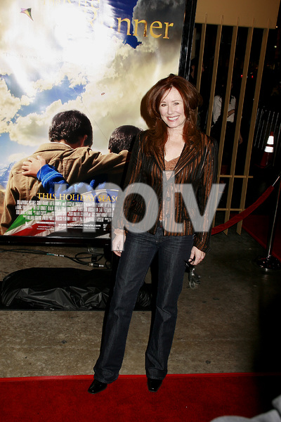 """""""The Kite Runner"""" (Premiere) Mary McDonnell 12-4-2007 / Egyptian Theater / Hollywood, CA / Paramount Vantage / Photo by Max Rodeo - Image 23258_0015"""