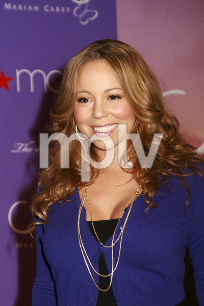 """""""M by Mariah Carey"""" Fragrance Launch (Appearance) Mariah Carey 11-20-2007 / Macys at Glendale Galleria / Glendale, CA / Photo by Max Rodeo - Image 23279_0006"""