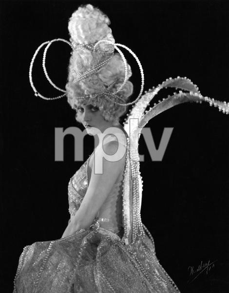 """THE WHITE MOTH"" Barbara LaMarr, First National, 1924, I.V. - Image 23315_0001"