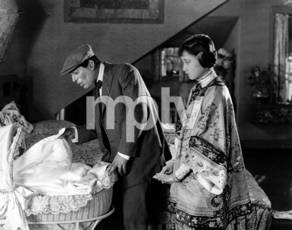 """""""Bits of Life""""   Lon Chaney, Anna May Wong1921 Associated First National Pictures** I.V. - Image 23361_0002"""