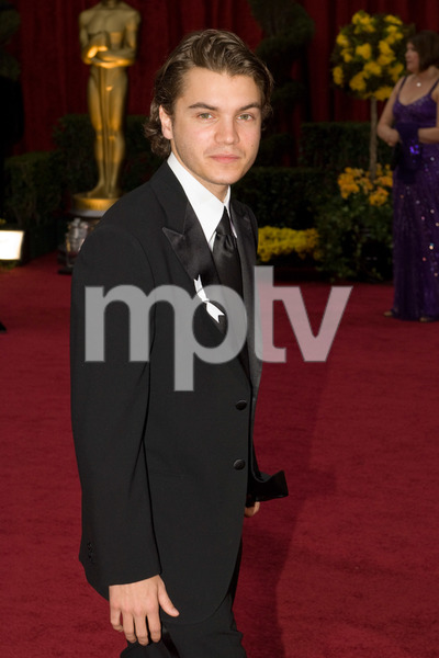 """""""The 81st Annual Academy Awards"""" (Arrivals)Emile Hirsch02-22-2009Photo by Bryan Crowe © 2009 A.M.P.A.S. - Image 23704_0034"""