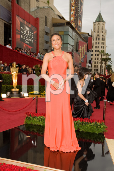 """""""The 81st Annual Academy Awards"""" (Arrivals)Robin Roberts02-22-2009Photo by Darren Decker © 2009 A.M.P.A.S. - Image 23704_0048"""