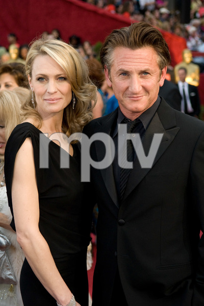 """The 81st Annual Academy Awards"" (Arrivals)Robin Wright Penn, Sean Penn02-22-2009Photo by Jon Didier © 2009 A.M.P.A.S. - Image 23704_0089"