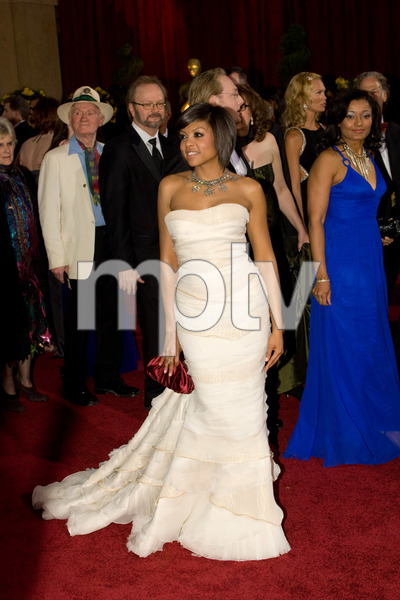 """""""The 81st Annual Academy Awards"""" (Arrivals)Taraji P. Henson02-22-2009Photo by Bryan Crowe © 2009 A.M.P.A.S. - Image 23704_0247"""