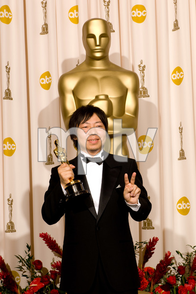 """""""The 81st Annual Academy Awards"""" (Press Room)Kunio Kato02-22-2009Photo by Bryan Crowe © 2009 A.M.P.A.S. - Image 23704_0293"""