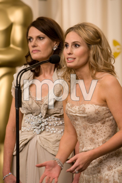 """The 81st Annual Academy Awards"" (Press Room)Sally Ledger, Kate Ledger02-22-2009Photo by Richard Salyer © 2009 A.M.P.A.S. - Image 23704_0327"