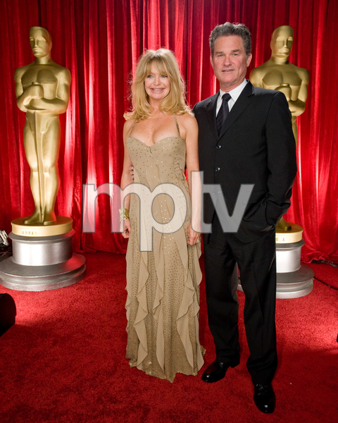 """""""The 81st Annual Academy Awards"""" (Backstage)Goldie Hawn, Kurt Russell02-22-2009Photo by Michael Yada © 2009 A.M.P.A.S. - Image 23704_0347"""