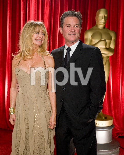 """The 81st Annual Academy Awards"" (Backstage)Goldie Hawn, Kurt Russell02-22-2009Photo by Michael Yada © 2009 A.M.P.A.S. - Image 23704_0348"