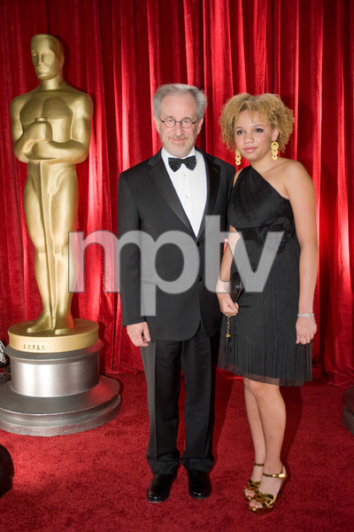"""""""The 81st Annual Academy Awards"""" (Backstage)Steven Spielberg, Mikaela George Spielberg02-22-2009Photo by Michael Yada © 2009 A.M.P.A.S. - Image 23704_0361"""