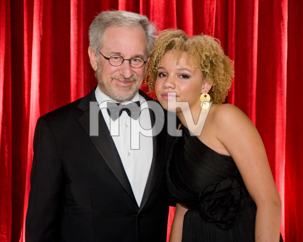 """""""The 81st Annual Academy Awards"""" (Backstage)Steven Spielberg, Mikaela George Spielberg02-22-2009Photo by Michael Yada © 2009 A.M.P.A.S. - Image 23704_0362"""