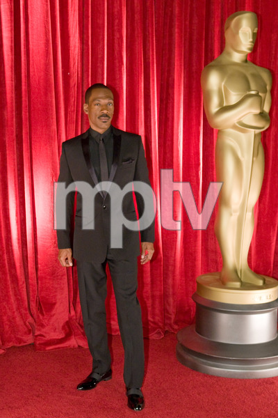"""""""The 81st Annual Academy Awards"""" (Backstage)Eddie Murphy02-22-2009Photo by Ivan Vejar © 2009 A.M.P.A.S. - Image 23704_0379"""