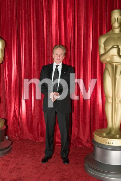 """The 81st Annual Academy Awards"" (Backstage)Michael Douglas02-22-2009Photo by Ivan Vejar © 2009 A.M.P.A.S. - Image 23704_0381"