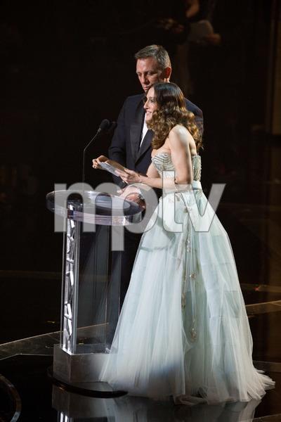 """The 81st Annual Academy Awards"" (Telecast)Daniel Craig, Sarah Jessica Parker02-22-2009Photo by Darren Decker © 2009 A.M.P.A.S. - Image 23704_0462"