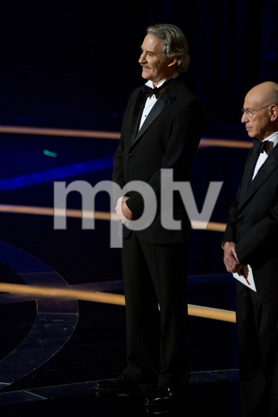 """The 81st Annual Academy Awards"" (Telecast)Kevin Kline, Alan Arkin02-22-2009Photo by Darren Decker © 2009 A.M.P.A.S. - Image 23704_0479"