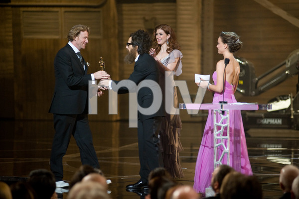 """""""The 81st Annual Academy Awards"""" (Telecast)Anthony Dod Mantle, Ben Stiller, Natalie Portman02-22-2009Photo by Greg Harbaugh © 2009 A.M.P.A.S. - Image 23704_0484"""