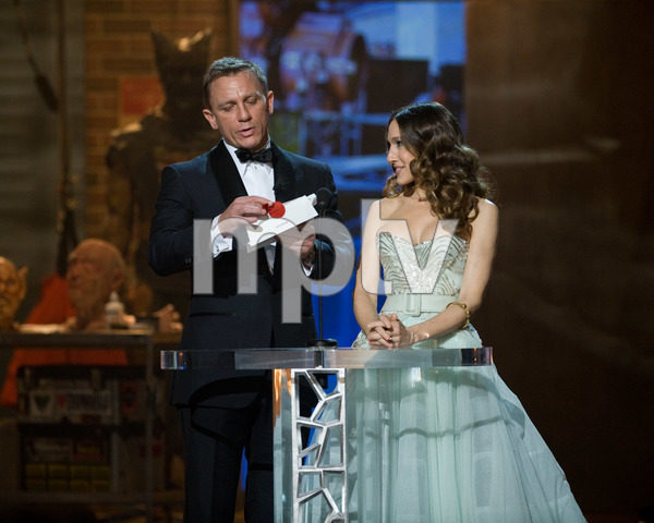 """The 81st Annual Academy Awards"" (Telecast)Daniel Craig, Sarah Jessica Parker02-22-2009Photo by Michael Yada © 2009 A.M.P.A.S. - Image 23704_0515"