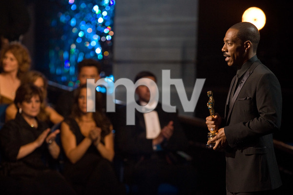 """""""The 81st Annual Academy Awards"""" (Telecast)Eddie Murphy02-22-2009Photo by Darren Decker © 2009 A.M.P.A.S. - Image 23704_0565"""