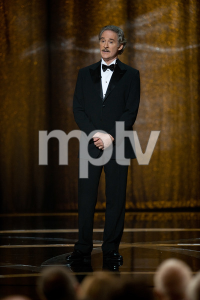 """""""The 81st Annual Academy Awards"""" (Telecast)Kevin Kline02-22-2009Photo by Michael Yada © 2009 A.M.P.A.S. - Image 23704_0572"""