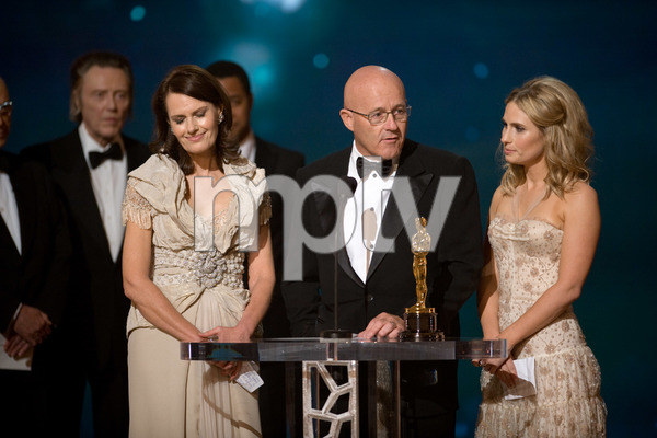 """The 81st Annual Academy Awards"" (Telecast)Kim Ledger, Sally Ledger, Kate Ledger02-22-2009Photo by Michael Yada © 2009 A.M.P.A.S. - Image 23704_0573"