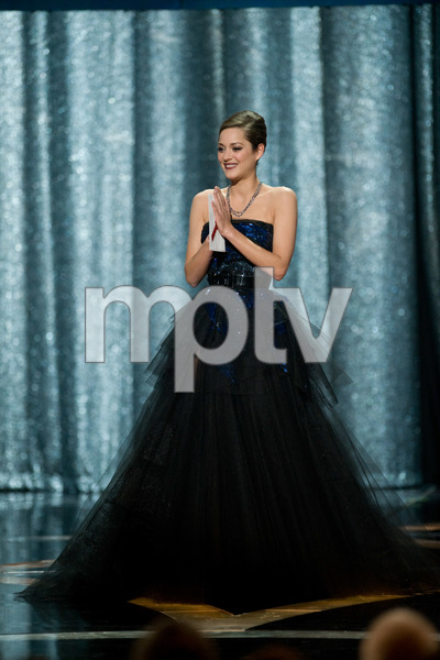 """The 81st Annual Academy Awards"" (Telecast)Marion Cotillard02-22-2009Photo by Michael Yada © 2009 A.M.P.A.S. - Image 23704_0585"