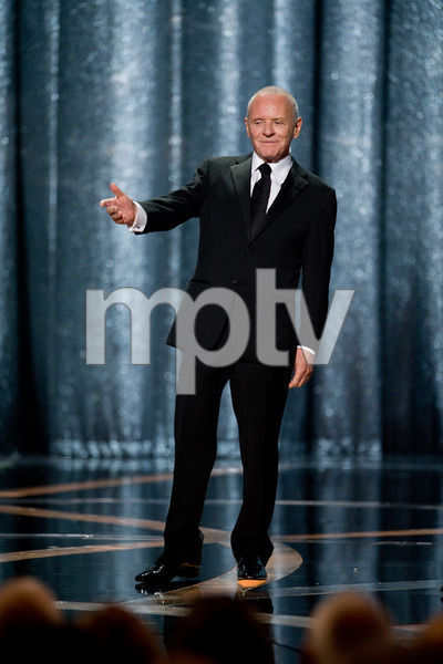 """""""The 81st Annual Academy Awards"""" (Telecast)Anthony Hopkins02-22-2009Photo by Michael Yada © 2009 A.M.P.A.S. - Image 23704_0601"""